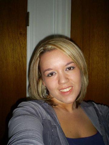 Karine de Laval cherche rencontre pour plan baise