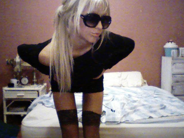 Belle blonde sur Montpelier cherche un beau gosse