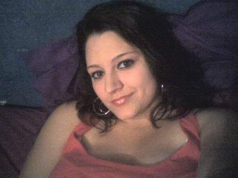 Laura femme de 26 ans pour un plan baise sur Nantes